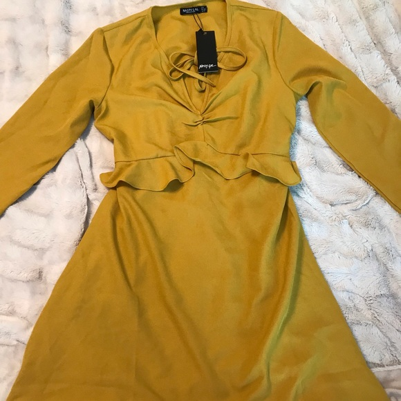 Nasty Gal Dresses & Skirts - Nasty Gal never worn with tags ruffle tea dress.